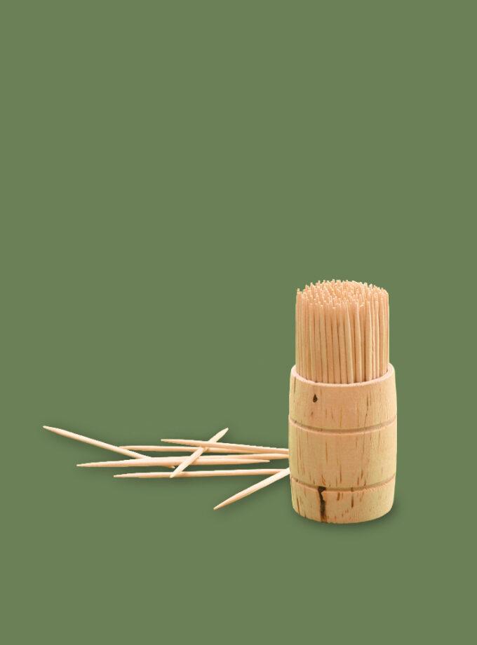 Wykałaczki drewniane w beczułce